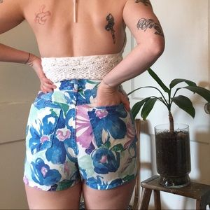 80s floral high waisted shorts